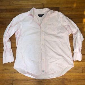 Vineyard vines men's button down shirt